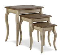 Set of 3 Square Antique Coffee Tables with Curved Legs - Wood